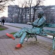 The Patrick Kavanagh (1904-67) statue and canal bank seat on the Grand Canal has been defaced by a vandal, spray-painting the feet of the iconic Irish poet red! The famous Dublin landmark was unveiled by President Mary Robinson in 1991 and inspired by his poem