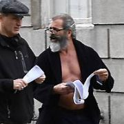 Mel Gibson shows his bare chest on the set of his latest movie The Professor and the Madman which he is shooting in Dublin with Sean Penn, Dublin, Ireland - 12.10.16. Pictures: Cathal Burke / VIPIRELAND.COM **IRISH RIGHTS ONLY**