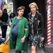 German tv movie Dich zu lieben, written by Cecelia Ahern, films a St Patrick's Day themed scene with stars Jessica Ginkel & Jule Ronstedt outside The Stag's Head pub, Dublin, Ireland - 22.05.17. Pictures: Cathal Burke / VIPIRELAND.COM **IRISH RIGHTS ONLY**