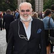 Senator David Norris seen walking through Trinity College carrying a Dunnes Stores shopping bag, Dublin, Ireland - 23.06.17. Pictures: Cathal Burke / VIPIRELAND.COM **IRISH RIGHTS ONLY**