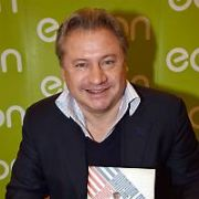 Former Manchester United player Andrei Kanchelskis signs copies of his book Russian Winters: The Story Of Andrei Kanchelskis at Easons O'Connell Street, Dublin, Ireland - 20.11.17. Pictures: Cathal Burke / VIPIRELAND.COM **IRISH RIGHTS ONLY**