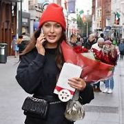 Rozanna Purcell spotted walking on Grafton Street carrying flowers and chocolates two days AFTER St Valentine's Day, Dublin, Ireland - 16.02.18. Pictures: Cathal Burke / VIPIRELAND.COM **IRISH RIGHTS ONLY**