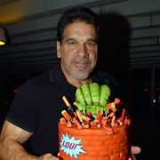 The Incredible Hulk Lou Ferrigno celebrated his 67th birthday today surrounded by Gil Gerard (Buck Rogers), Sam Jones (Flash Gordon), Herbert Jefferson Jr (Boomer), Zach Galligan (Billy Peltzer, Gremlins), Sylvester McCoy (Doctor Who), and Ray Parker Jr (Ghostbusters singer) at launch of For The Love Of 80s Comic Con, Edinburgh, Scotland - 09.11.18. Pictures: Cathal Burke / VIPIRELAND.COM **IRISH RIGHTS ONLY**